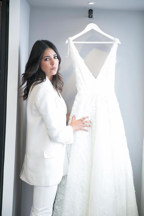 The Bride Chooses And Customizes Her Dress The Most Important